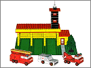 Lego set 347: Fire station with fire engine, ambulance and tow truck